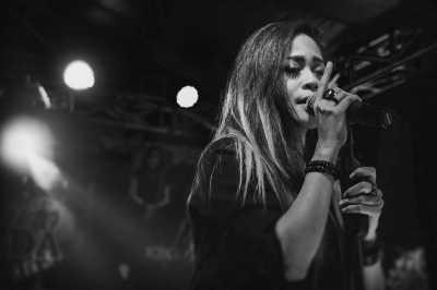 Kikan Live di Uzone.id