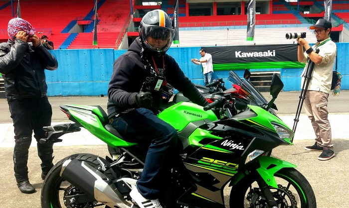 Test Ride All New Ninja 250, Gesit di Sirkuit