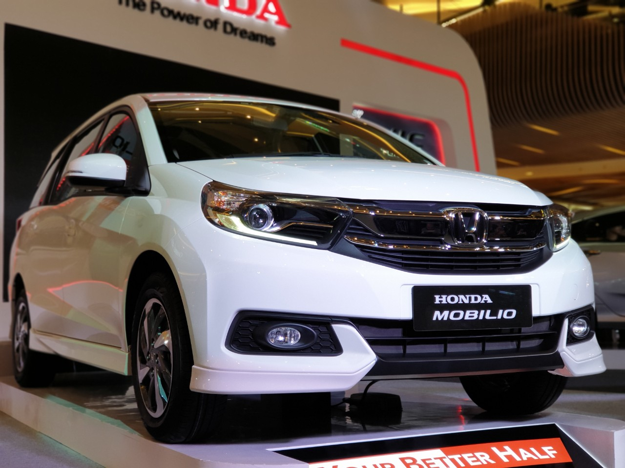Dunia Berputar, Honda Pasrah Kalau Mobilio Melemah