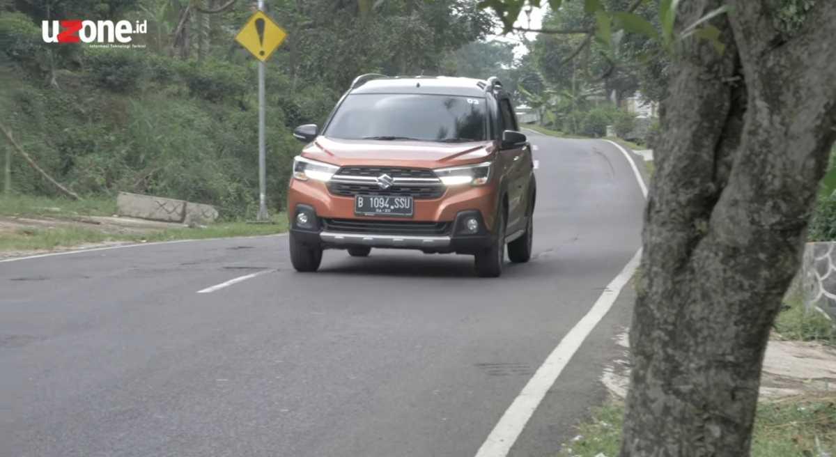 FOTO: Lebih Dekat Melihat Suzuki XL7