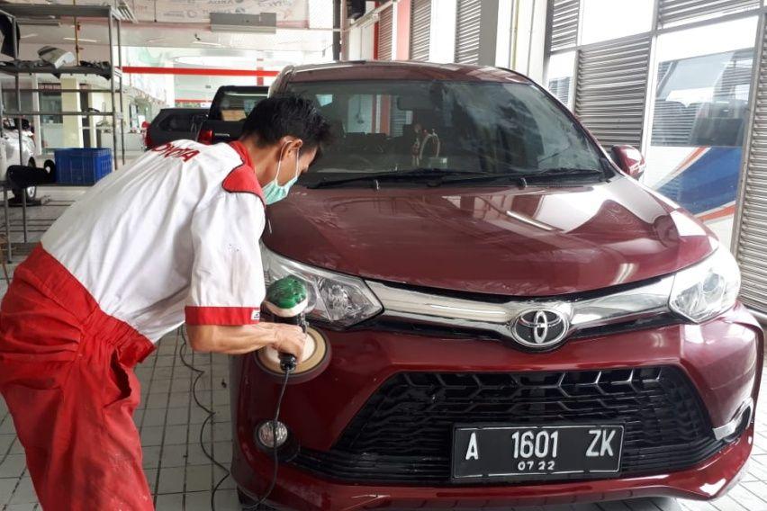 Toyota Avanza Kalian Pada Lecet? Ini Biaya Perbaikan di Bengkel Resmi