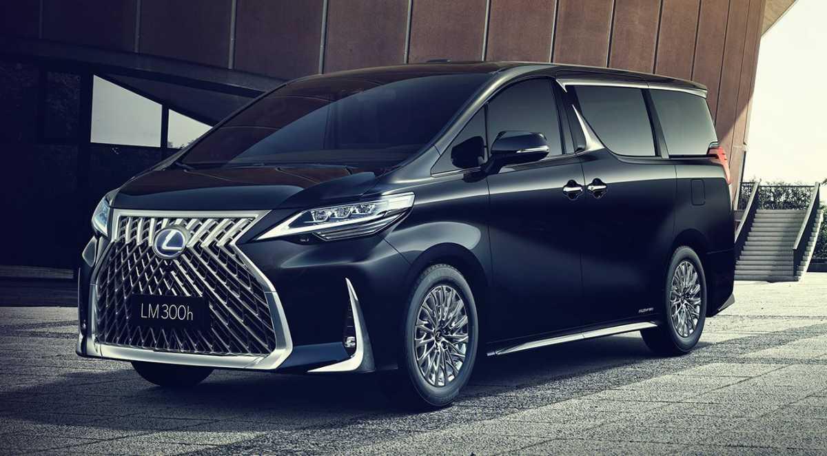 Lexus Umumkan Harga Resmi MPV Super Mewah Kembarannya Alphard