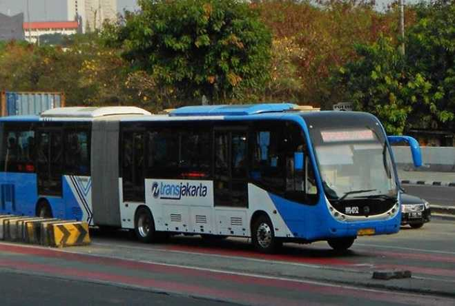 Transportasi Jabodetabek Bakal Dihentikan, Termasuk Kendaraan Pribadi?