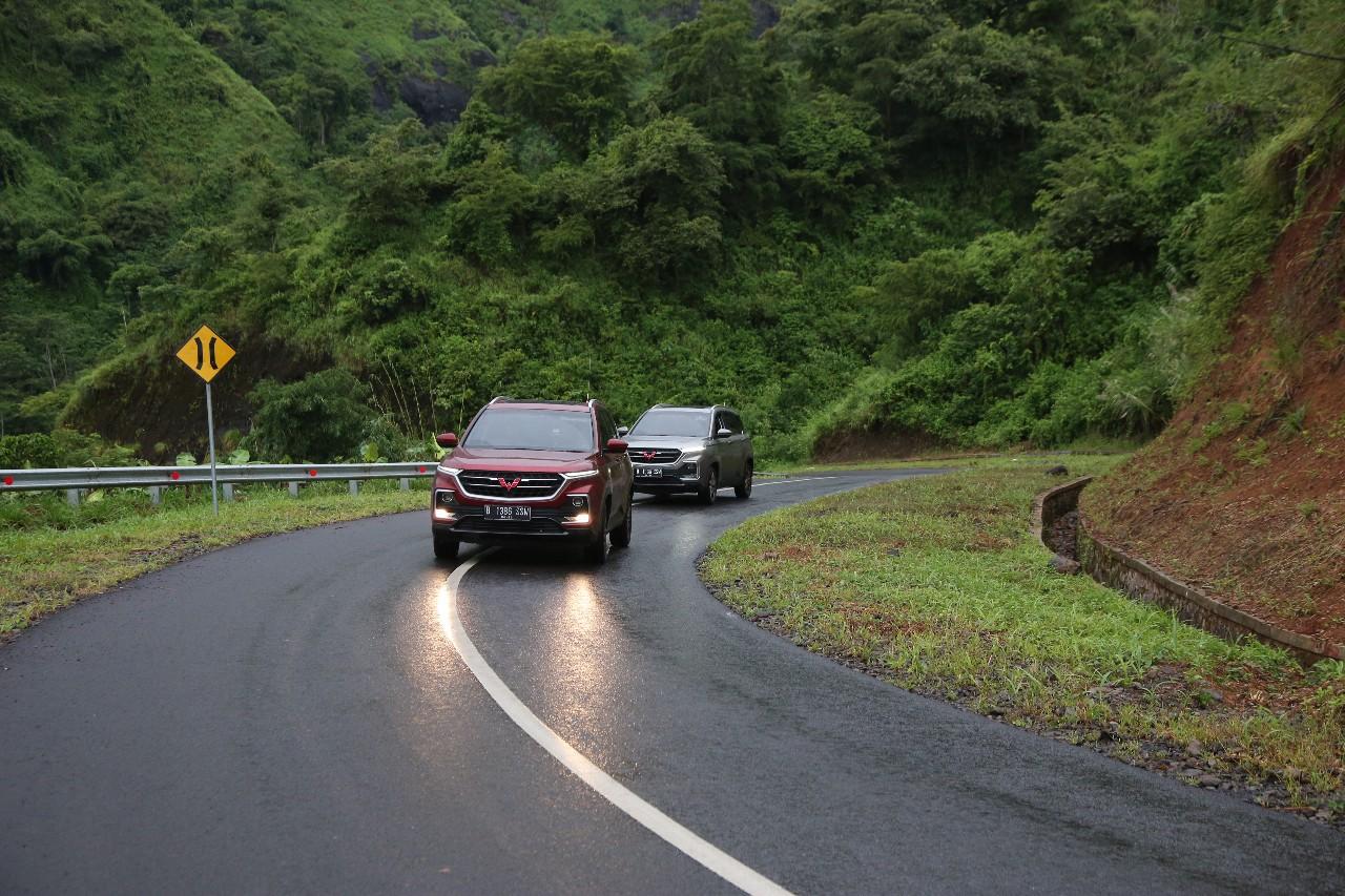 Test Drive Wuling Almaz Libas Sukabumi, Ciletuh, Bandung (Part 1: Rasanya jadi Penumpang)