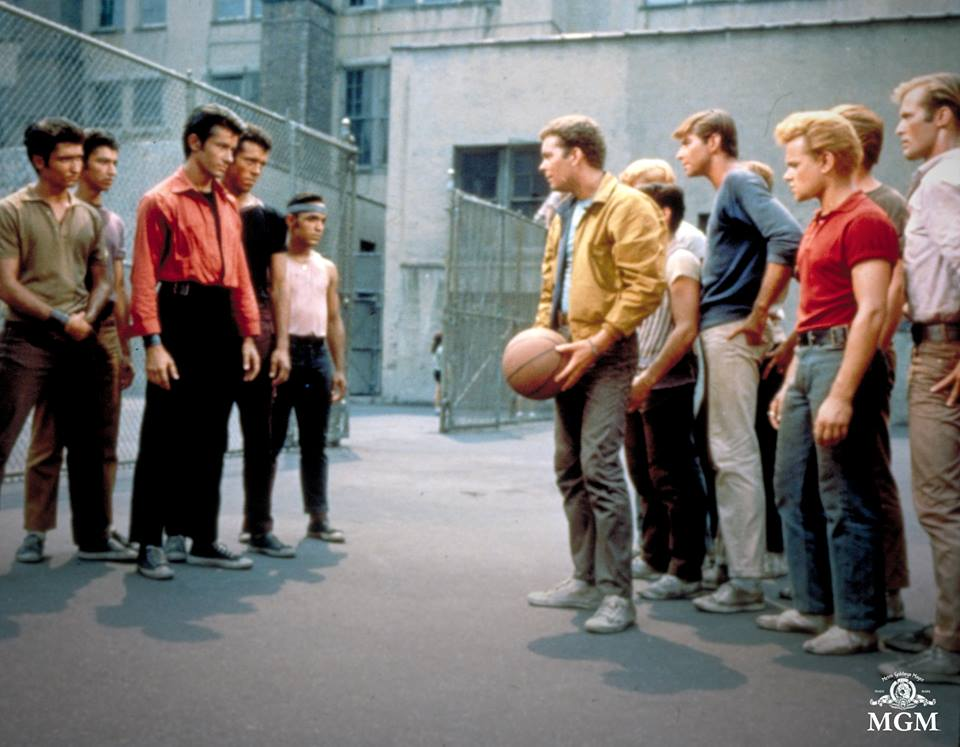 Spielberg Mau <i>Remake</i> 'West Side Story', Netizen Protes