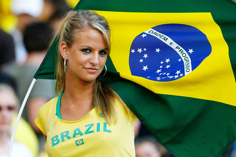Image result for cewek cantik brazil
