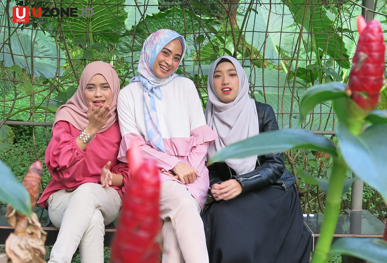 Noura, Tiga Hijaber yang Nge-pop