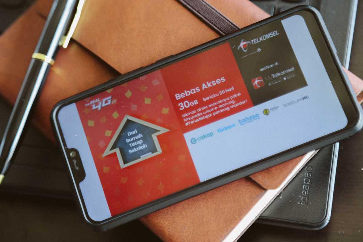 Ga Cuma Ruangguru, Telkomsel Juga Gratiskan Akses ke Quipper, Zenius, dkk