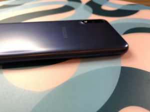 Samsung Galaxy A01 dilengkapi dengan sistem operasi Android 10. (Foto: Birgitta Ajeng/Uzone.id)