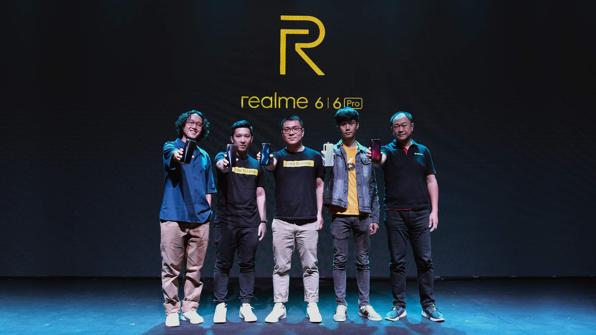 Andre Wiredja, Felix Christian (Product Manager realme Indonesia), Palson Yi (Marketing Director realme Indonesia), Dominikus Susanto (Senior Manager Business Development Qualcomm Indonesia)