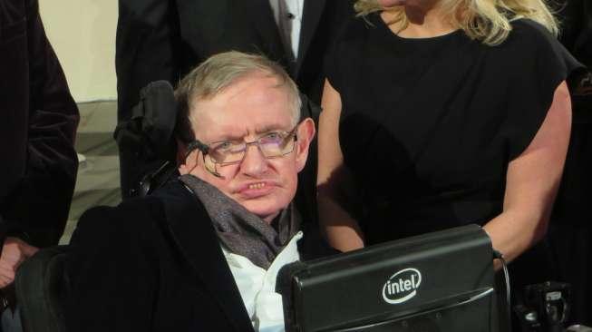 5 Film untuk Nostalgia Kejeniusan dan Percintaan Stephen Hawking
