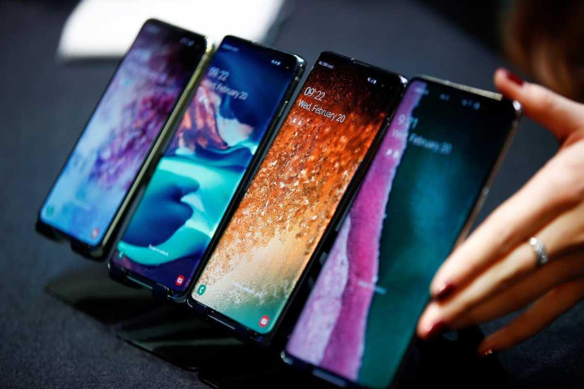Penjualan Smartphone Bakal Nyusruk, Baru Bisa Bangkit 2022