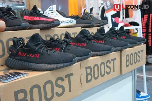 Adidas Yeezy dan NMD Rajai Urban Sneaker Society