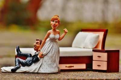 Larangan Menikah dengan Teman Sekantor, Ini Kata MUI