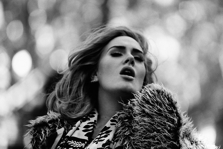 Jelang Konser, Pita Suara Adele Rusak