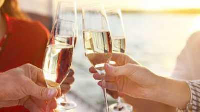 Manfaat Menakjubkan Minum Sampanye