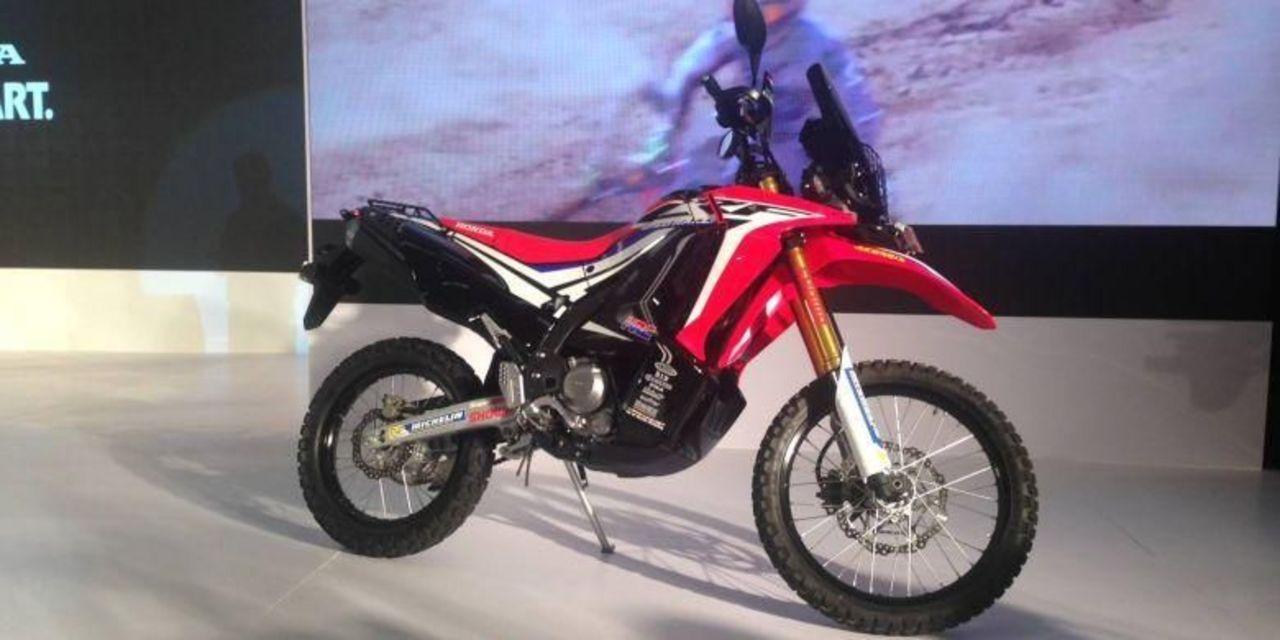 Honda CRF250Rally Bukan Saingan Motor Kawasaki