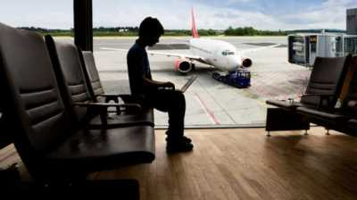 Kini Laptop Wajib Diperiksa Petugas Bandara Sebelum Terbang