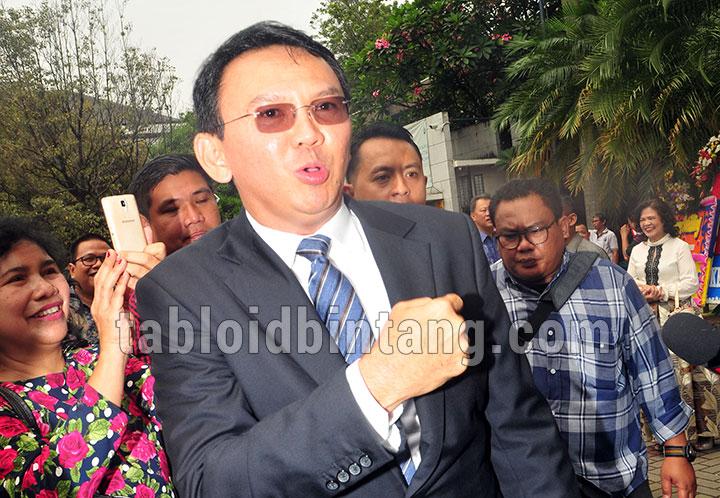 Ahok Banyak Menulis Soal Perceraian dengan Veronica Tan Selama di Penjara