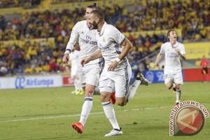 Real Madrid Ngotot Jodohkan Benzema dan Mbappe