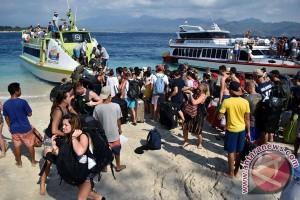 2.000 wisatawan asing dievakuasi dari Gili Trawangan
