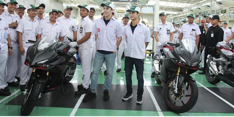 Marquez dan Pedrosa Jadi 'Buruh Pabrik' Honda