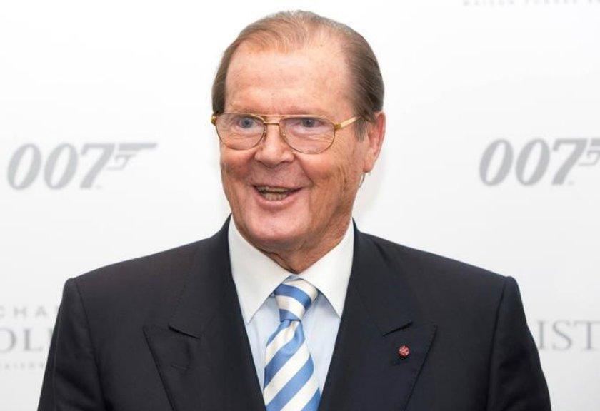 Pemeran James Bond Meninggal Dunia