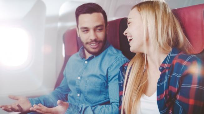 Survei: Sering Naik Pesawat Ternyata Bisa Temukan Jodoh Anda