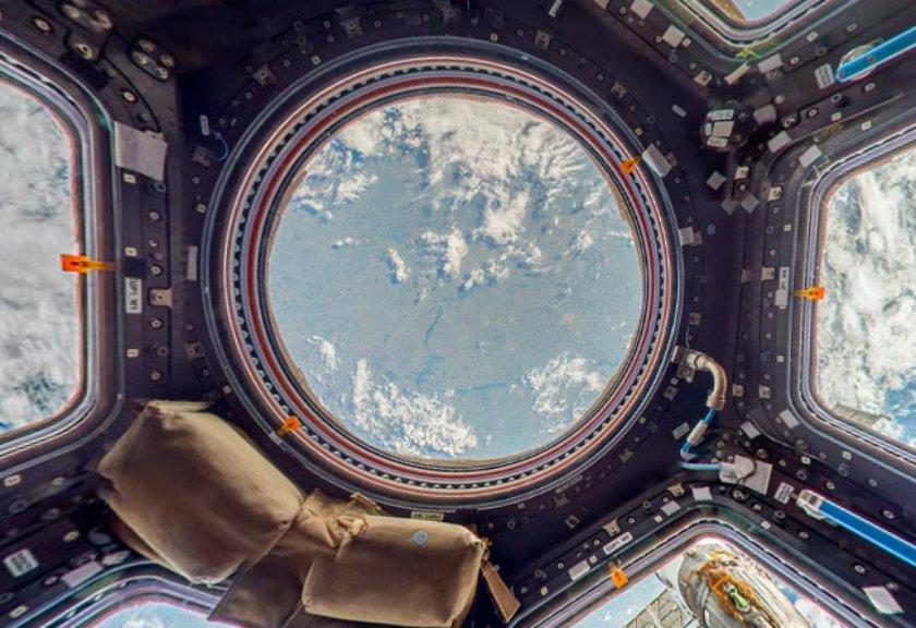 Google Street View Ajak Kamu Pergi ke Luar Angkasa