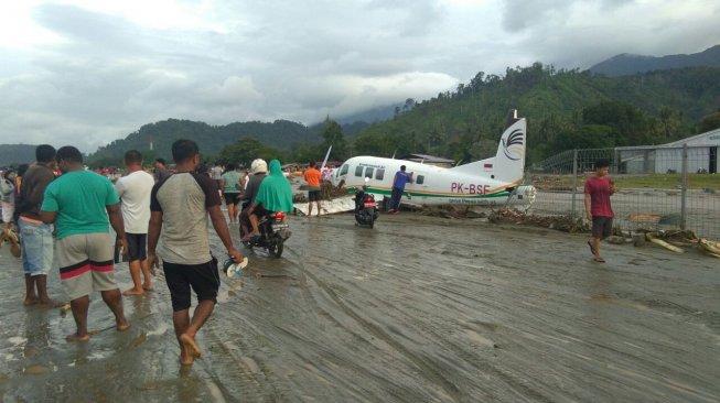 Dahsyatnya Banjir Bandang Sentani, Pesawat Terseret dari Bandara ke Jalan