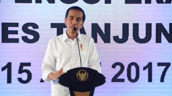 Datangi Solo, Jokowi Resmikan Pasar Klewer dan Economic Policy