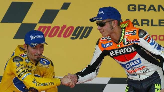Bukan Marquez atau Lorenzo, Tapi Ini Rival yang Dibenci Rossi