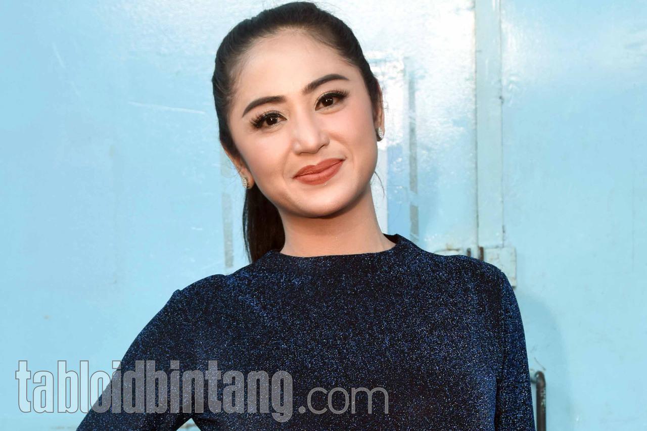 Dewi Perssik Siap Sumbang Dana untuk Jupe