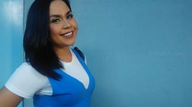 Melaney Ricardo Kenang Berburu Pesepak Bola bareng Jupe