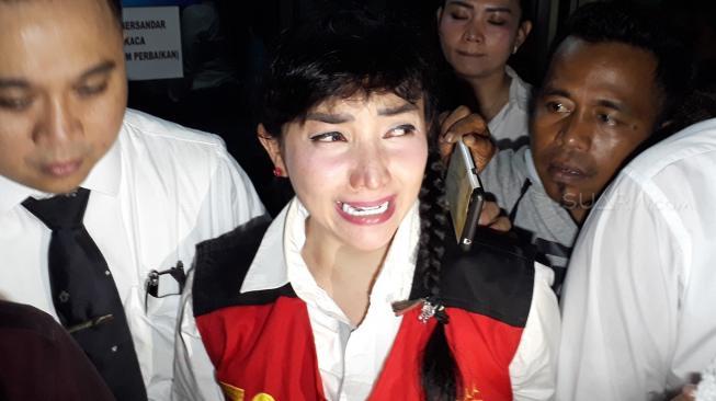 Jenazah Ibunda Roro Fitria Siap Diberangkatkan ke Yogyakarta
