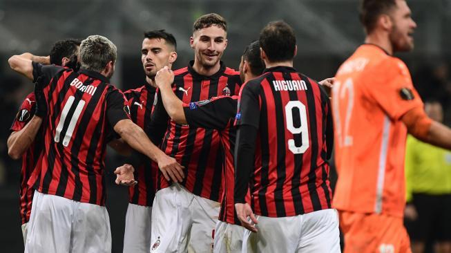 Gol Bunuh Diri Antar Milan ke Peringkat Ketiga Serie A