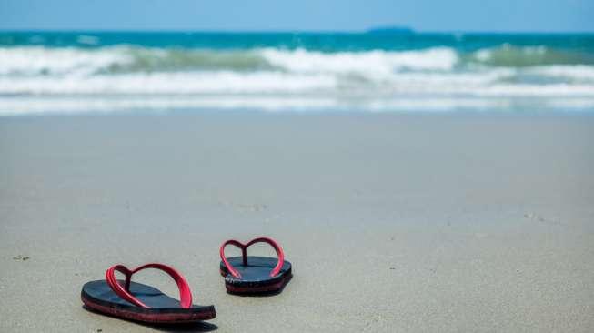 Sering Pakai Sandal Jepit Ternyata Ada Risikonya, Apa Saja?
