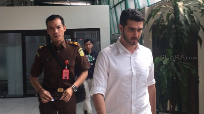 Terbukti Bersalah, Fachri Albar Divonis 7 Bulan Rehab