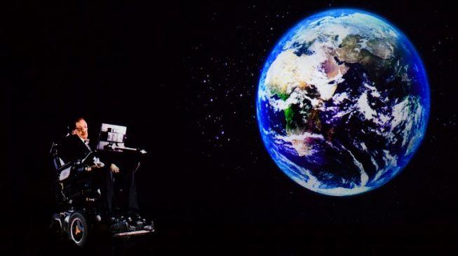Ini 4 Ramalan dan Peringatan Stephen Hawking untuk Umat Manusia
