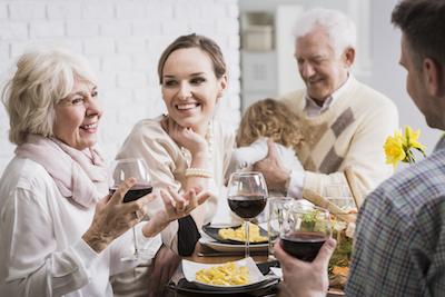 Tips Menghadapi Mertua yang Menyebalkan
