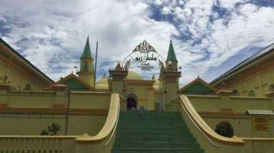 Unik, Masjid di Pulau Penyengat Ini Gunakan Putih Telur