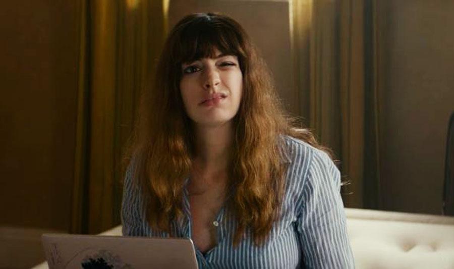 Anne Hathaway Mengendalikan Monster dalam Film Colossal