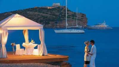 5 Destinasi Honeymoon Paling Romantis