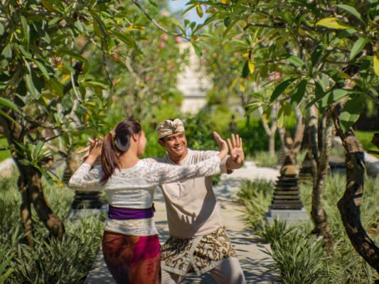 Mengenal Kebudayaan Bali di The Ritz-Carlton Bali