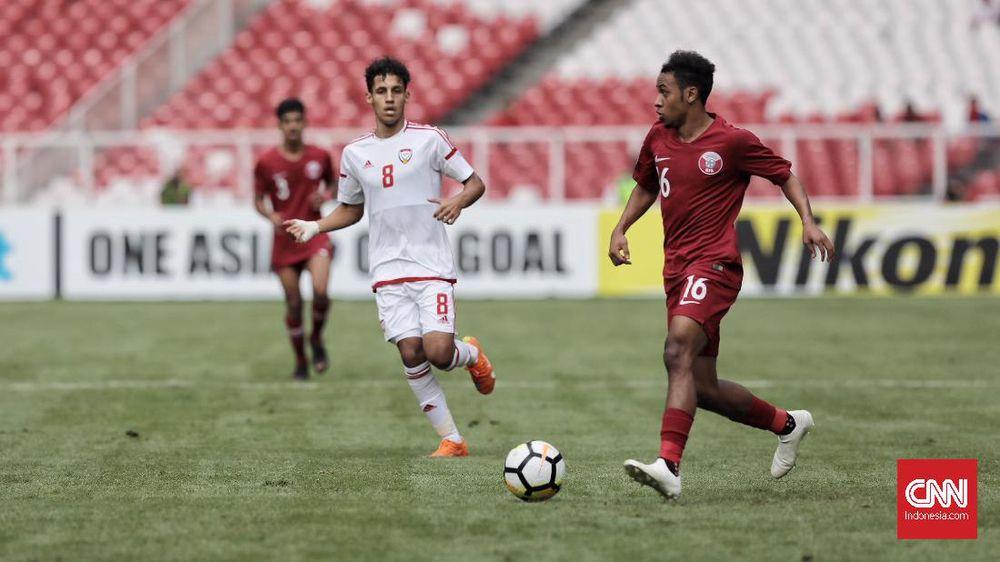 Pelatih Qatar dan UEA Kritik Kualitas Lapangan SUGBK