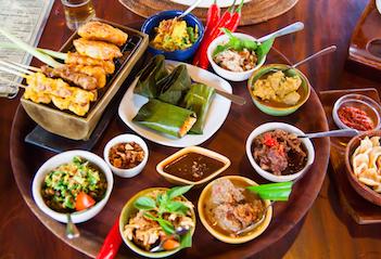 10 Makanan Khas Bali Wajib Coba