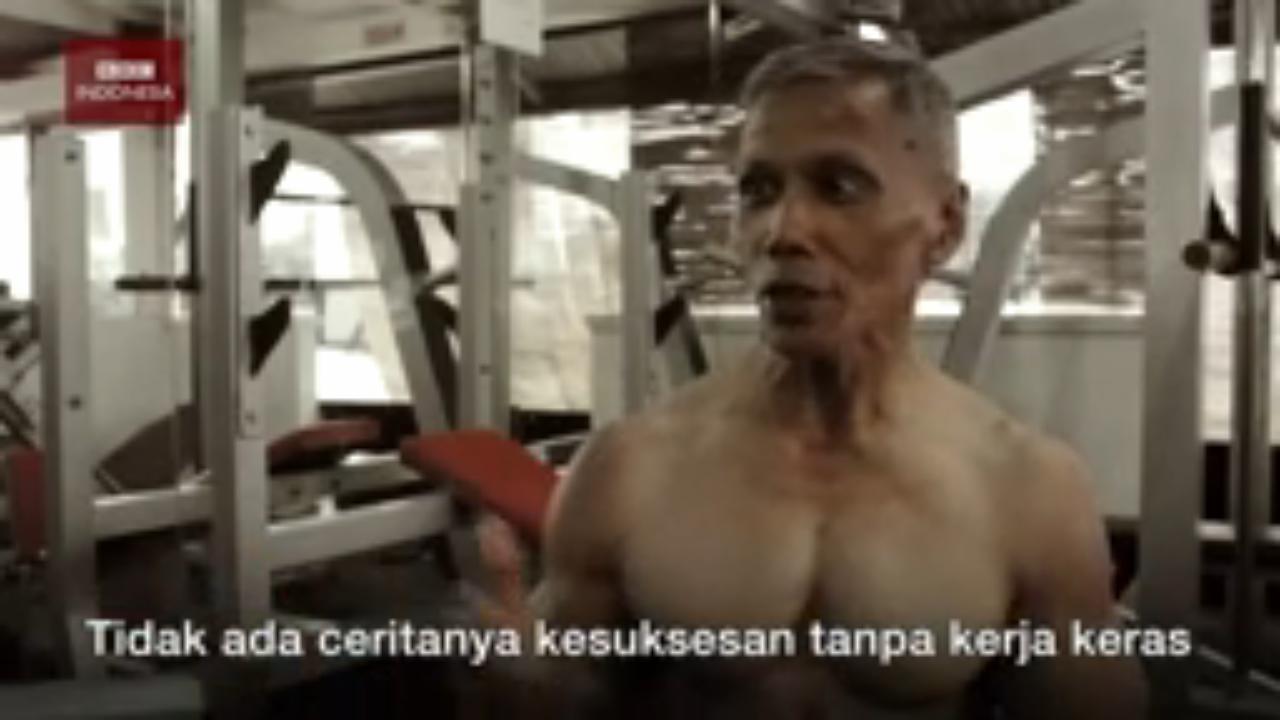 Kakek Umur 60 Tahun Ini Punya Tubuh Binaragawan
