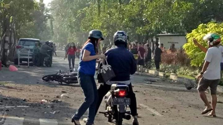 2 Polisi Jadi Korban Bom Bunuh Diri Gereja Santa Maria Surabaya