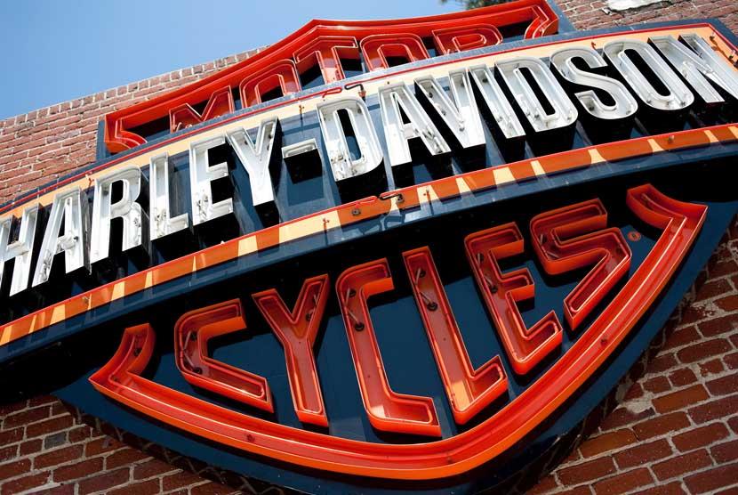 Trump Terkejut Harley Davidson Pindahkan Pabrik ke Luar AS