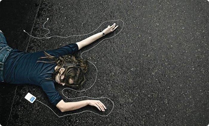Remaja Malaysia Tewas Saat Dengar Musik di Smartphone